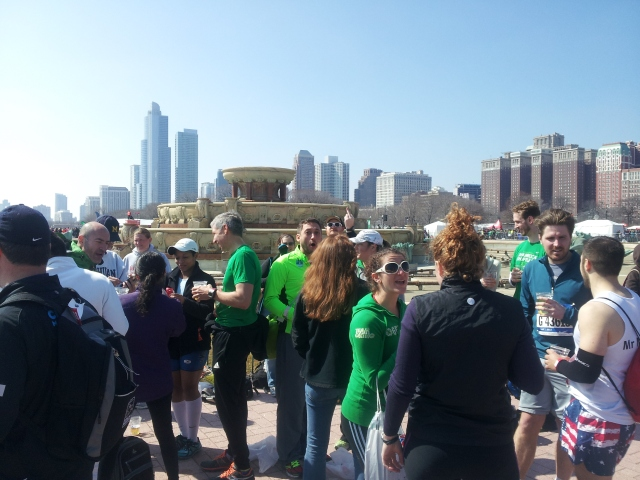 The Chicago Hash House Harries congregating near Buckingham Fountain, with free beers in-hand