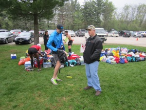 Here are Dan and Steve trying to figure out what to do with Dan's drop bag. I'm including this picture here because somehow, some way, this is the only picture that either Dan or I have of Steve from race-day