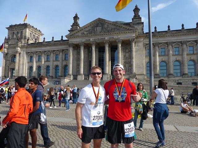 Chillin' the most in front of the Reichstag with Mike Sohaskey of raceraves.com after the 2014 Berlin Marathon